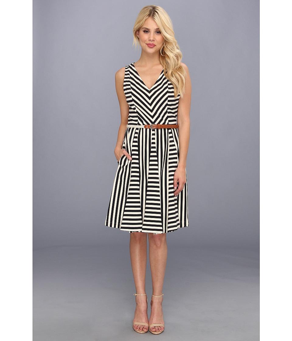 8c7aee9481ea Jessica Howard V Neck Dress w/ Godet Skirt Womens Dress (Multi) on PopScreen