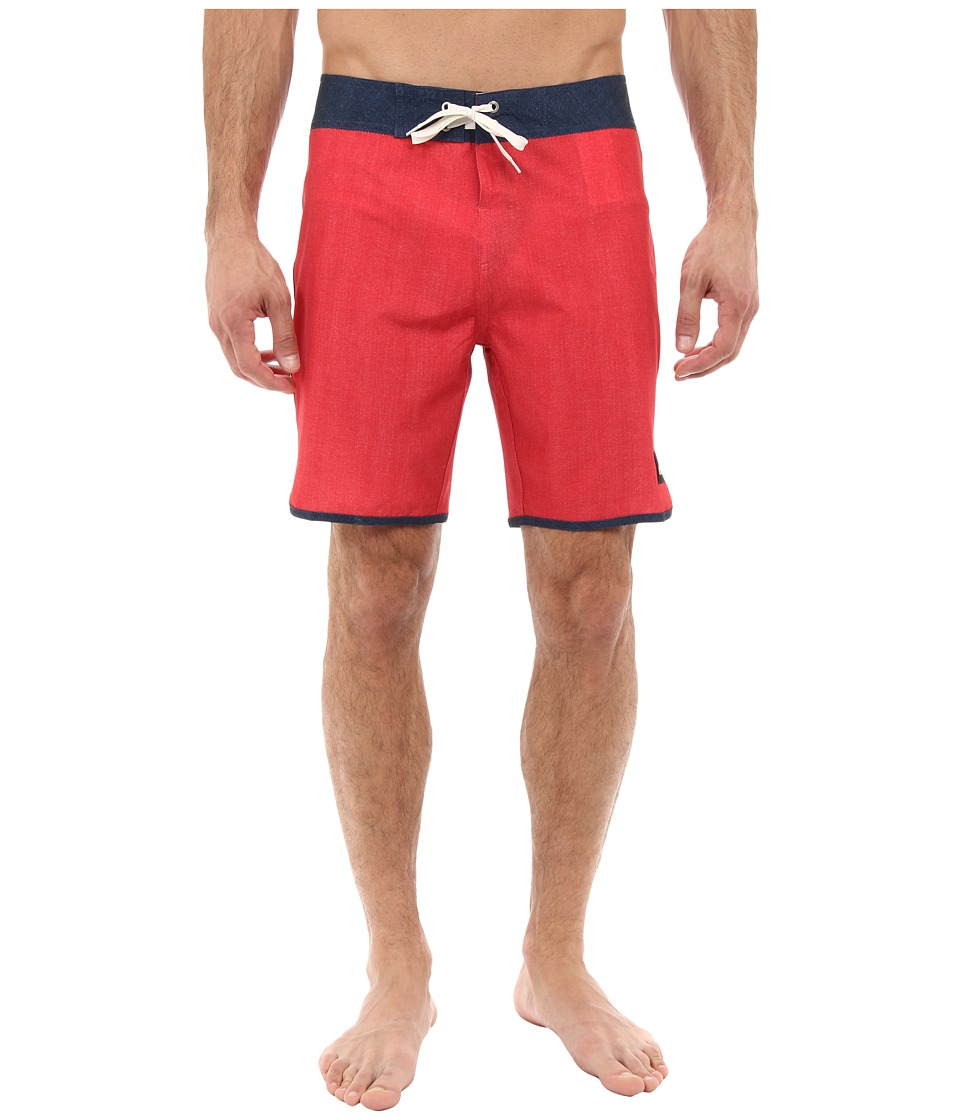 Quiksilver - Mo Scallop Solid Boardshort (American Beauty Red) Men