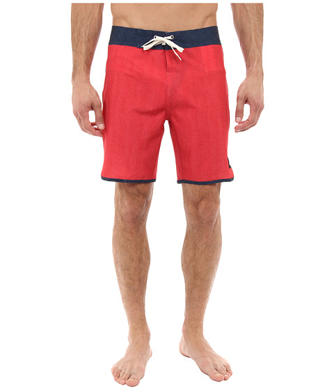 Quiksilver - Mo Scallop Solid Boardshort (American Beauty Red) Men's Swimwear