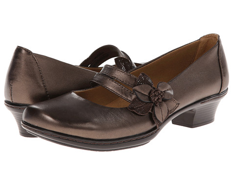 Softspots - Sable (Copper/Coffee) Women's Slip-on Dress Shoes