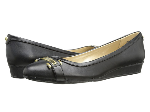 Bandolino - Veradis (Black Leather) Women's Slip on Shoes
