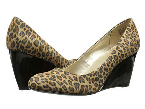 Bandolino - Transpose (Brown Leopard Fabric) Women's Wedge Shoes