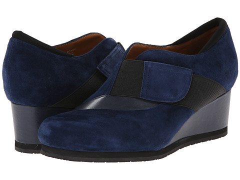 Earthies - Bondy (Navy Suede) Women's Slip on Shoes