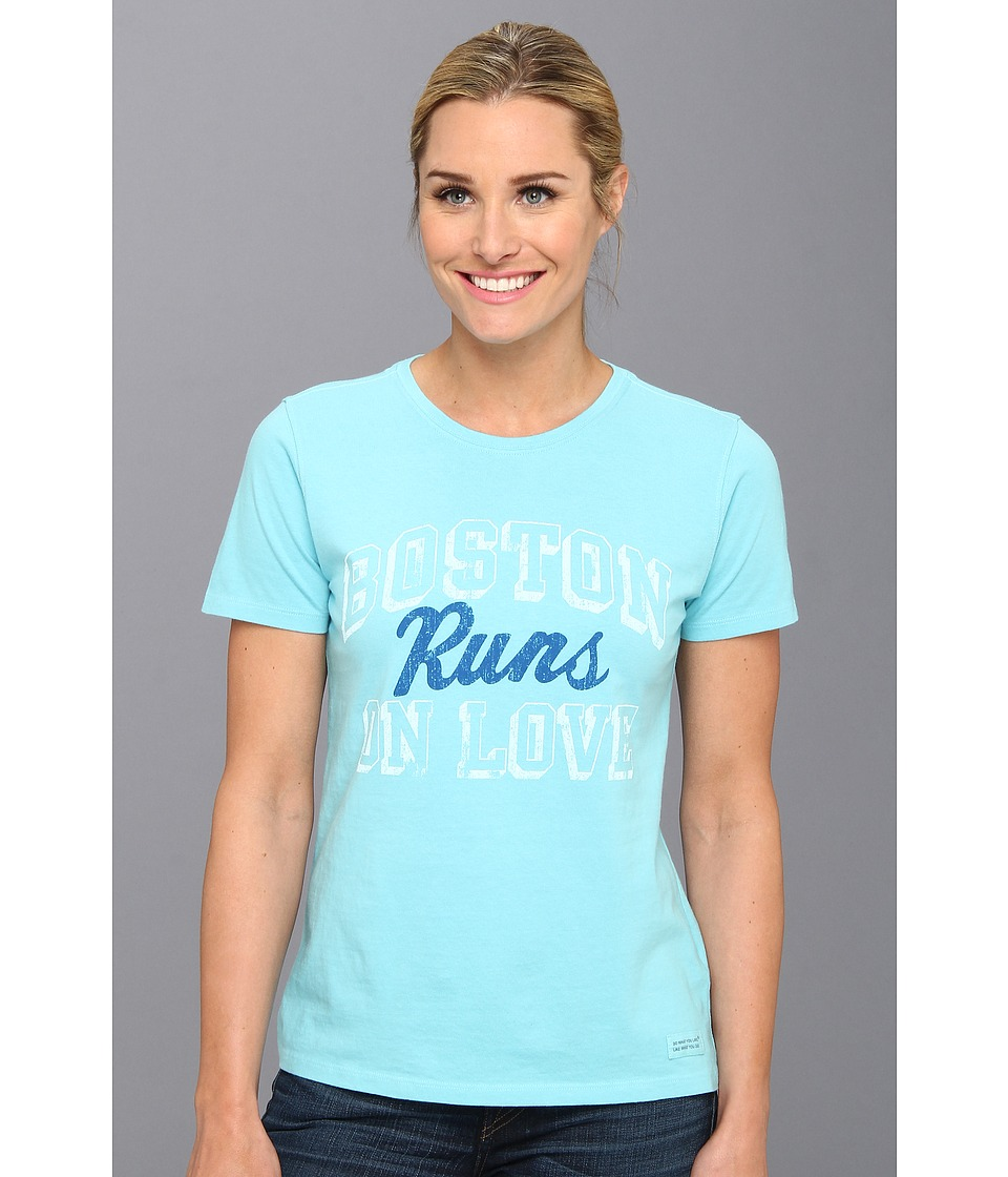Life is good - Crusher Boston Runs On Love Tee (Surfer Blue) Women's T Shirt