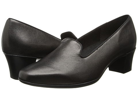 Munro American - Layla (Black Metallic Kid) Women's 1-2 inch heel Shoes