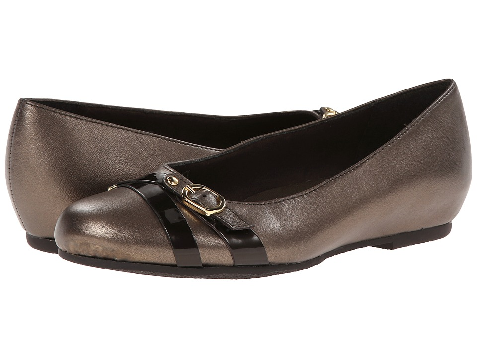 Munro American - Josie (Bronze Metallic Kid/Patent) Women's Flat Shoes