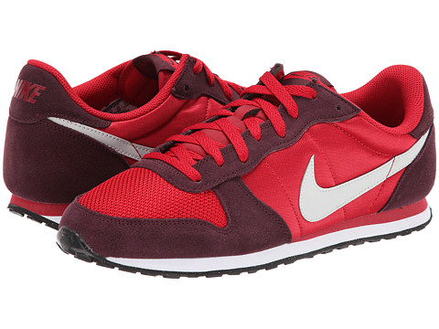 Nike - Genicco (Gym Red/Deep Burgundy/White/Light Ash Grey) Men