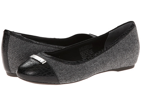 Rockport - Total Motion 20mm Cap Toe Skimmer w/ Medallion (Black Fabric/Croc Cap) Women's Slip on Shoes