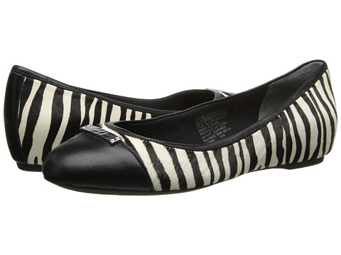 Rockport - Total Motion 20mm Cap Toe Skimmer w/ Medallion (Zebra) Women's Slip on Shoes