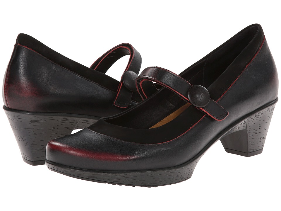 Naot Footwear Latest (Volcanic Red Leather/Black Velvet Nubuck) Women