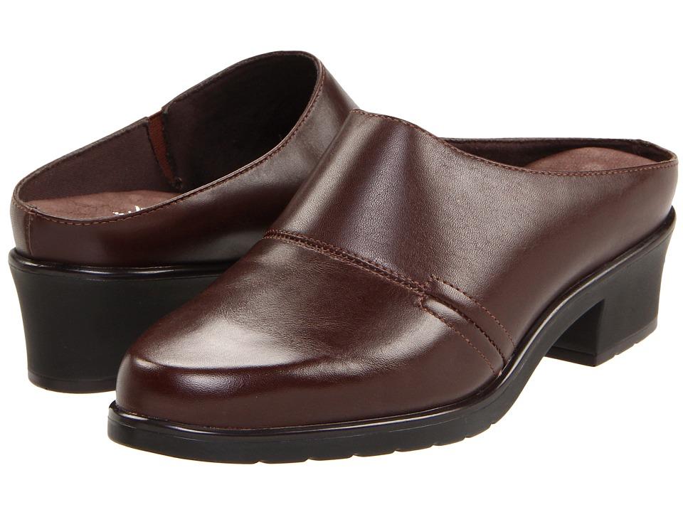 Walking Cradles - Caden (Brown Nappa) Women's Clog Shoes