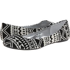 SALE! $14.99 - Save $34 on Charles Albert Cobra Tribal (Multi Black) Footwear - 69.41% OFF $49.00