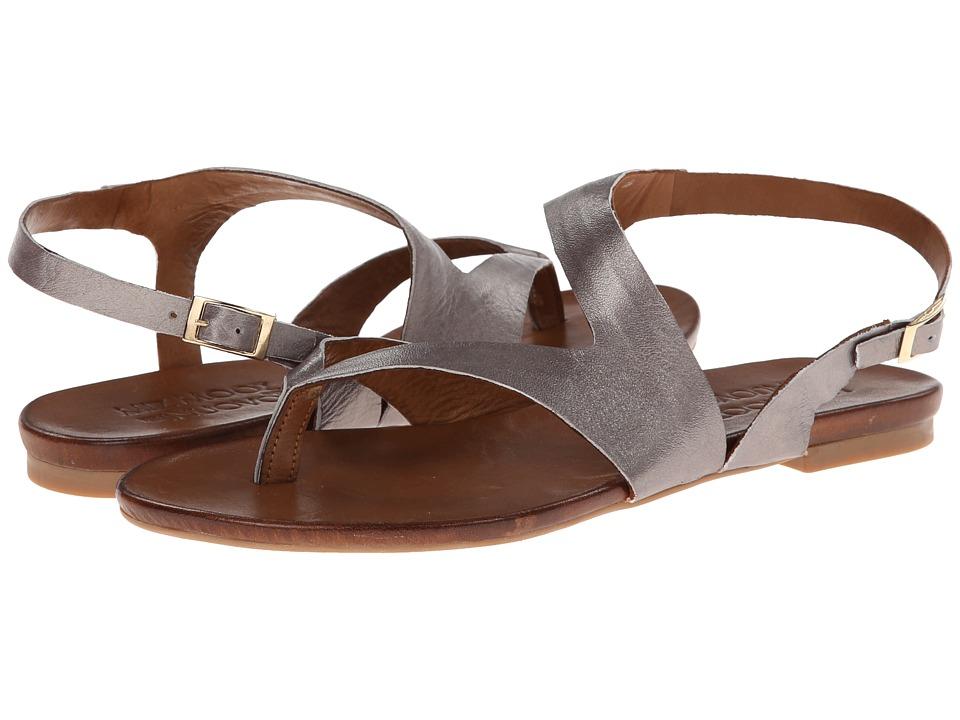 f9a0b04f352 Miz Mooz Footwear UPC   Barcode