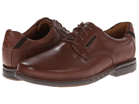 Clarks - Un.Corner Plain (Brown Leather) Men's Plain Toe Shoes