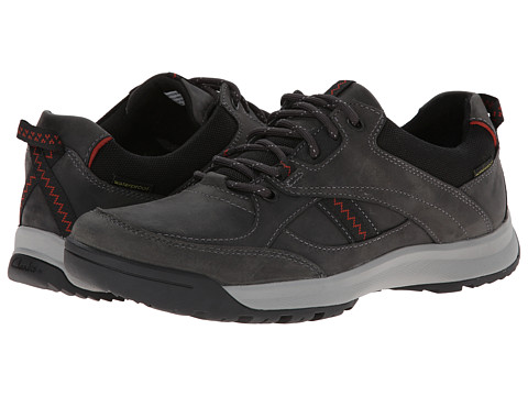 Clarks - Wave.Scree Edge (Charcoal Oily Nubuck) Men