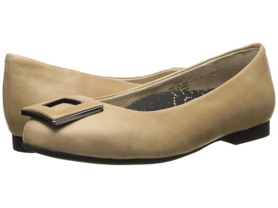 Propet - Julia (Oyster) Women's Slip on Shoes