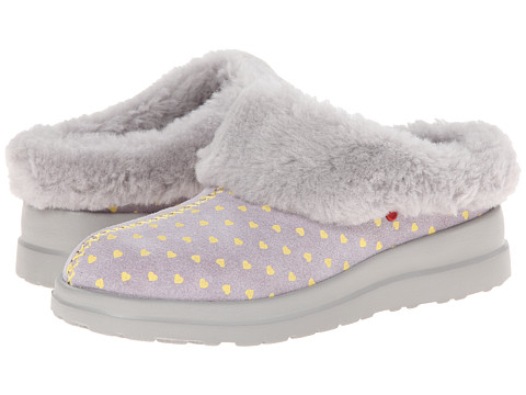 UGG - Dreams (Moonstone Hearts Suede) Women's Slippers