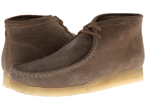 Clarks - Wallabee Boot (Taupe Distressed Suede) Men