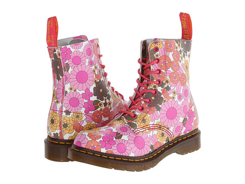 Dr. Martens - Pascal 8-Eye Boot (Pink Vintage Daisy) Women's Lace-up Boots