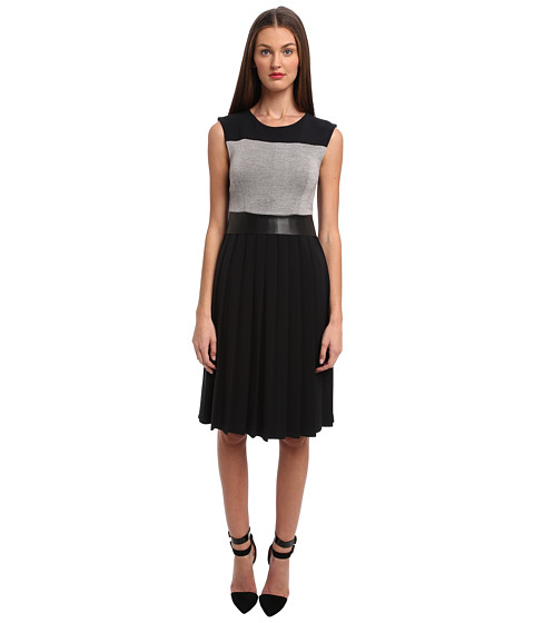 CoSTUME NATIONAL - Sleeveless Dress w/ Pleat Skirt (Black) Women's Dress