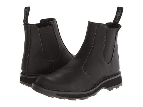 Dr. Martens - Walt Chelsea Boot (Black Wyoming) Men's Pull-on Boots