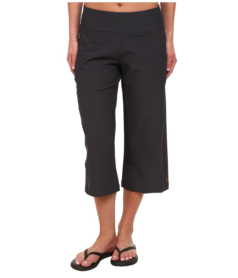 Lucy Everyday Capri (Fossil) Women