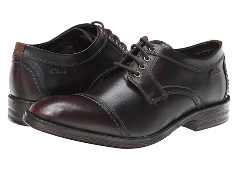 Clarks - Delsin View (Burgundy Brush Off Leather) Men's Lace Up Cap Toe Shoes