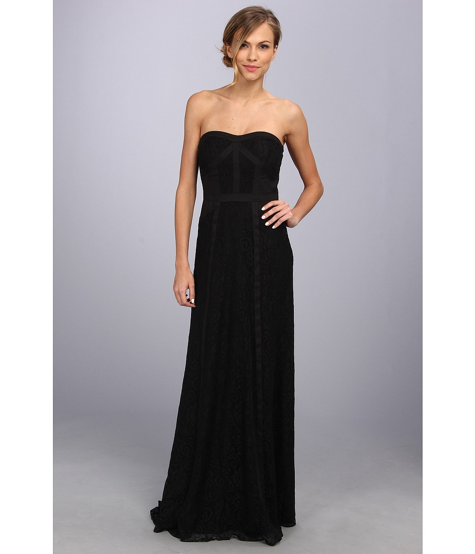 Jessica Simpson Strapless Lace Gown w/ Tux Seaming Womens Dress (Black)