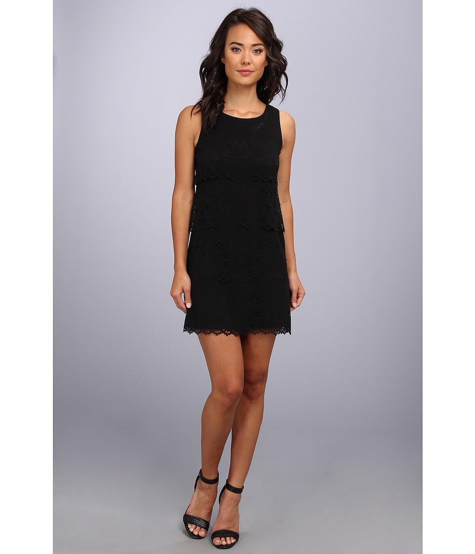 Jessica Simpson Sleeveless Tiered Dress Womens Dress (Black)