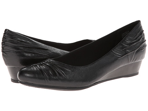 Bare Traps - Landy (Black Leather) Women's Shoes