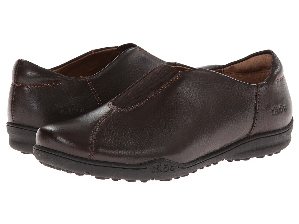 taos Footwear - Town Center (Chocolate) Women's Slip on Shoes