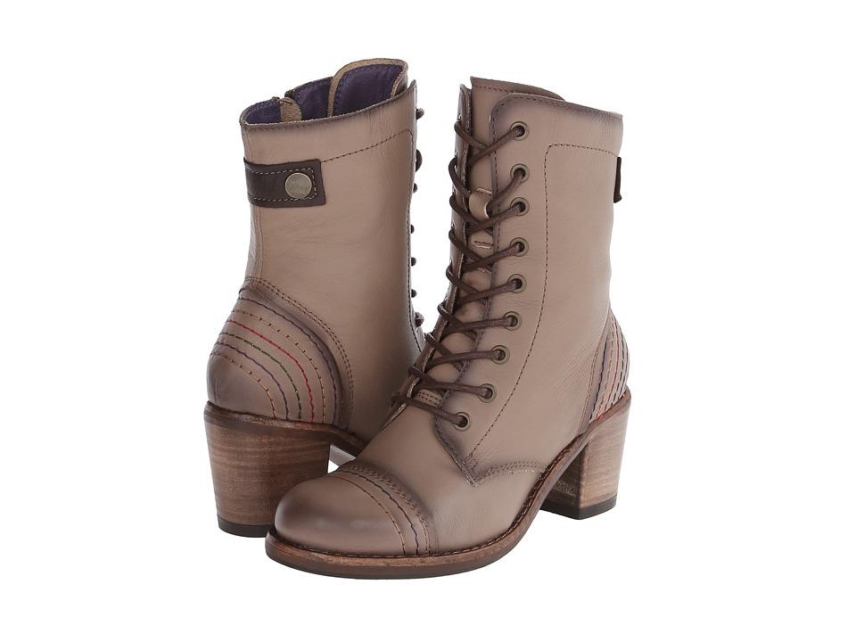 Taos Footwear Fab (Taupe) Women