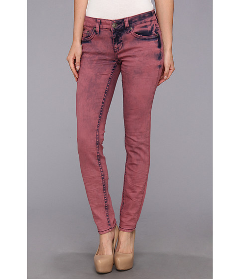 Request Juniors Over Dyed Jeans in Carnation (Carnation) Women's Jeans
