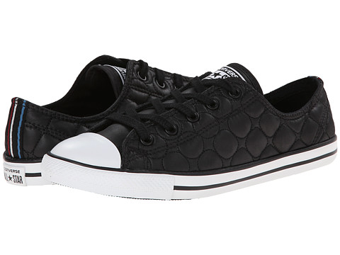 Converse - Chuck Taylor All Star Dainty Quilted Nylon Ox (Black) Women's Slip on Shoes