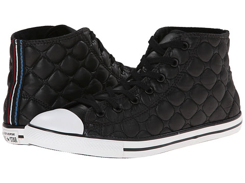 Converse - Chuck Taylor All Star Dainty Quilted Nylon Mid (Black) Women's Slip on Shoes