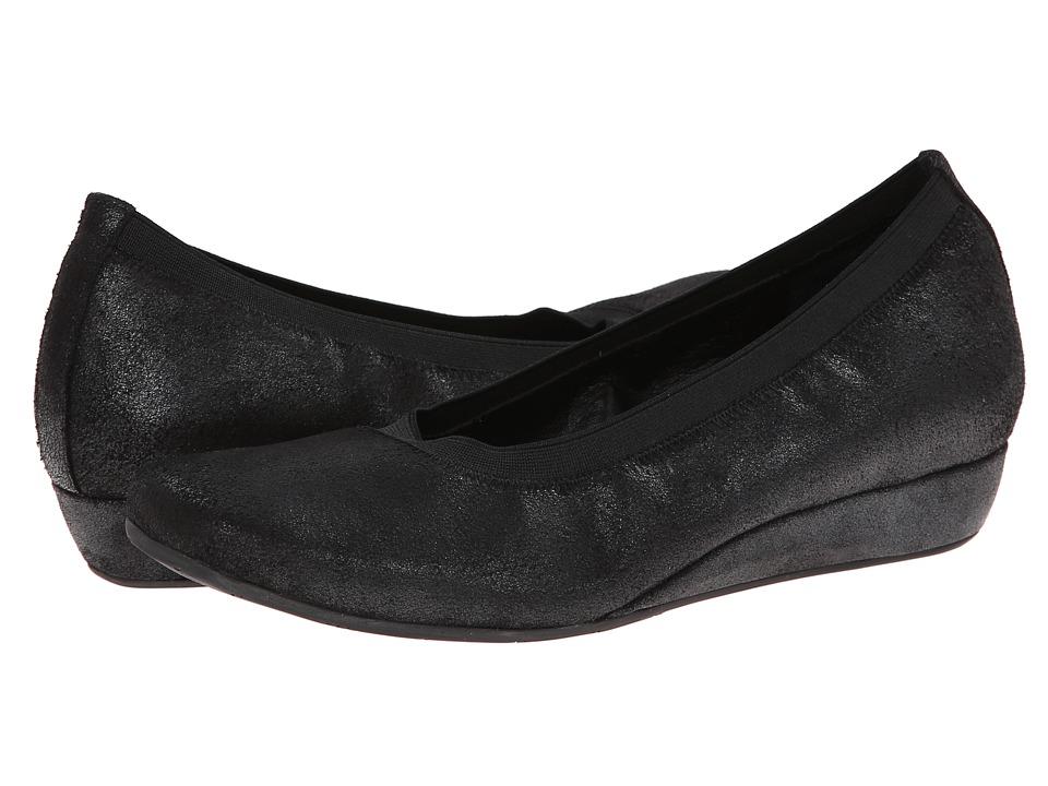 Vaneli - Grassy (Black Icaro Velour) Women