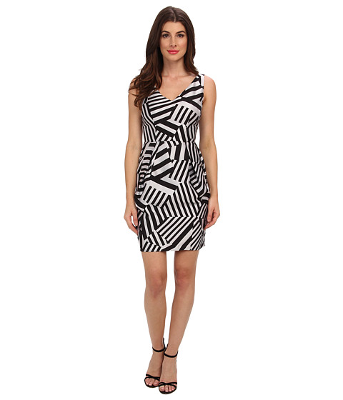 Ivy & Blu Maggy Boutique - Sleeveless V-Neck Geo Print Barrel SK (Black/Grey) Women's Dress