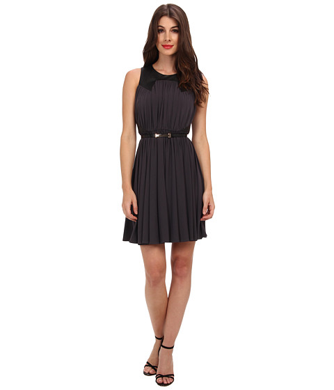 Ivy & Blu Maggy Boutique - Sleeveless Solid Fit Flare w/ Bel (Bullet Black) Women's Dress