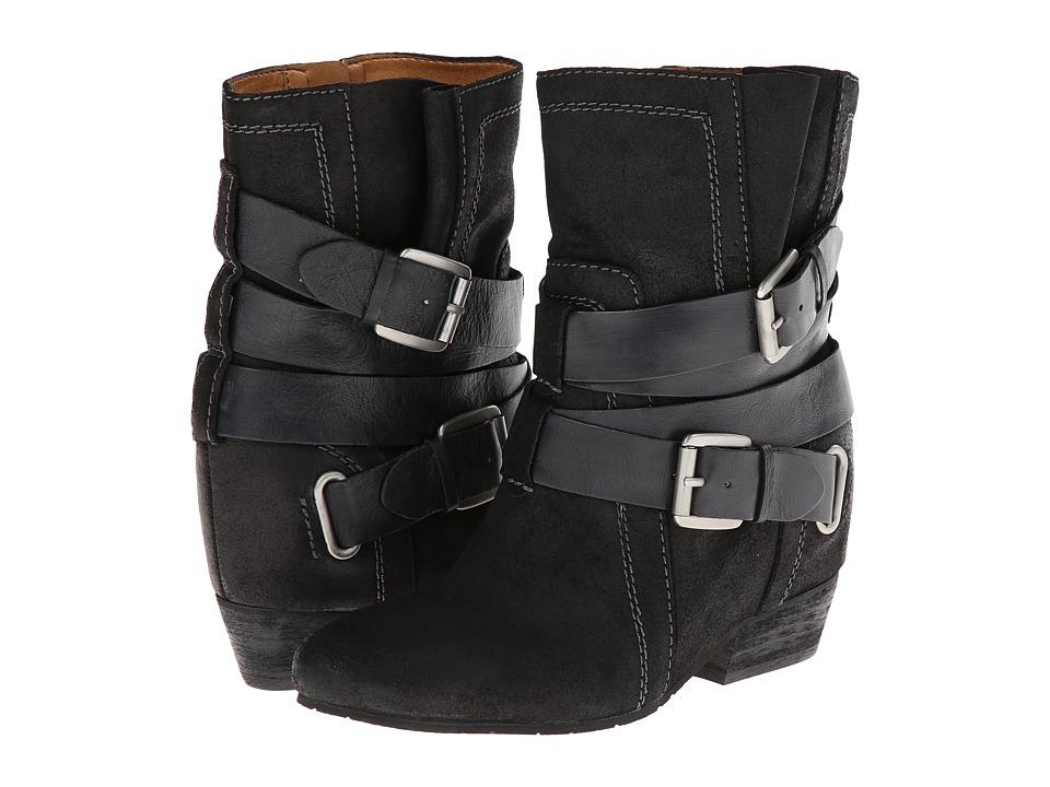 Naya - Fisher Hidden Wedge Boot (Black Oiled Suede/Leather) Women