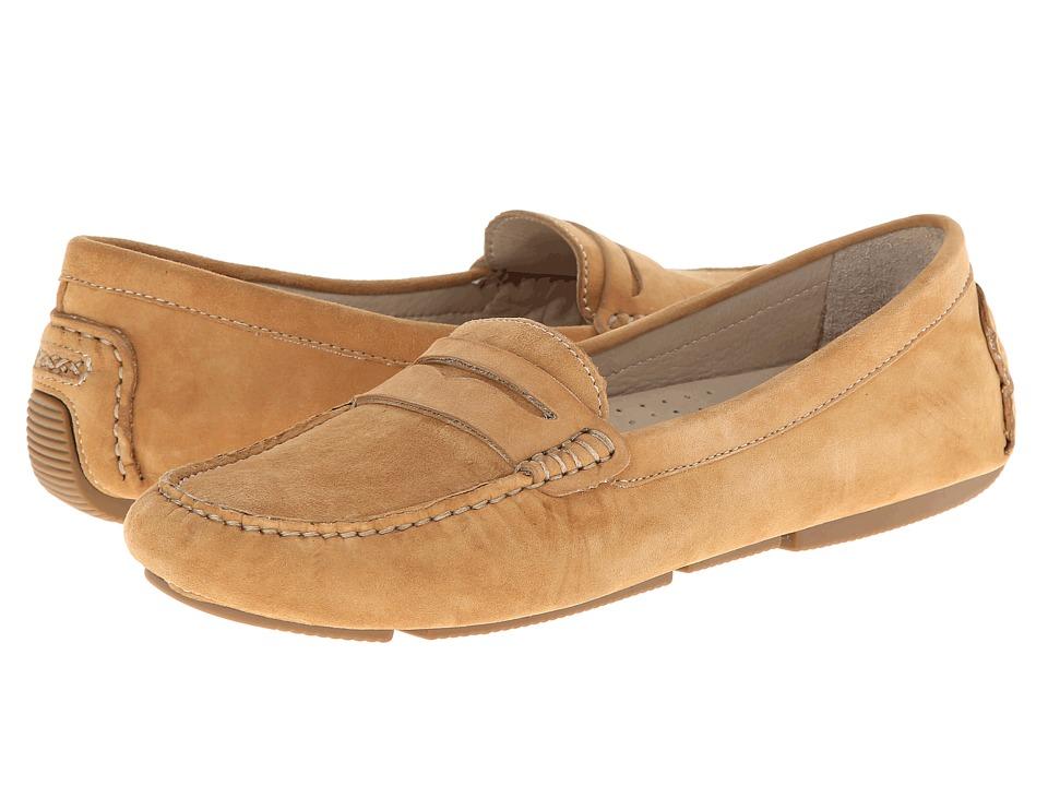 Patricia Green - Elizabeth (Camel) Women's Slippers
