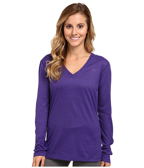 Nike - Regular Long-Sleeve Legend Tee V-Neck (Court Purple/Court Purple) Women's Long Sleeve Pullover