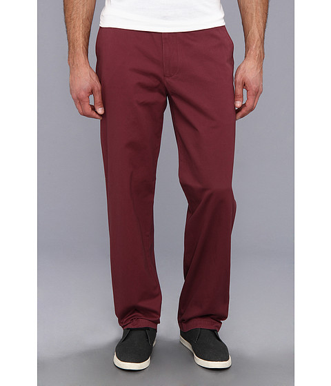 Dockers Men's - Game Day Khaki D3 Classic Fit Flat Front Pant (Texas A&M University - Aggie Maroon) Men's Casual Pants