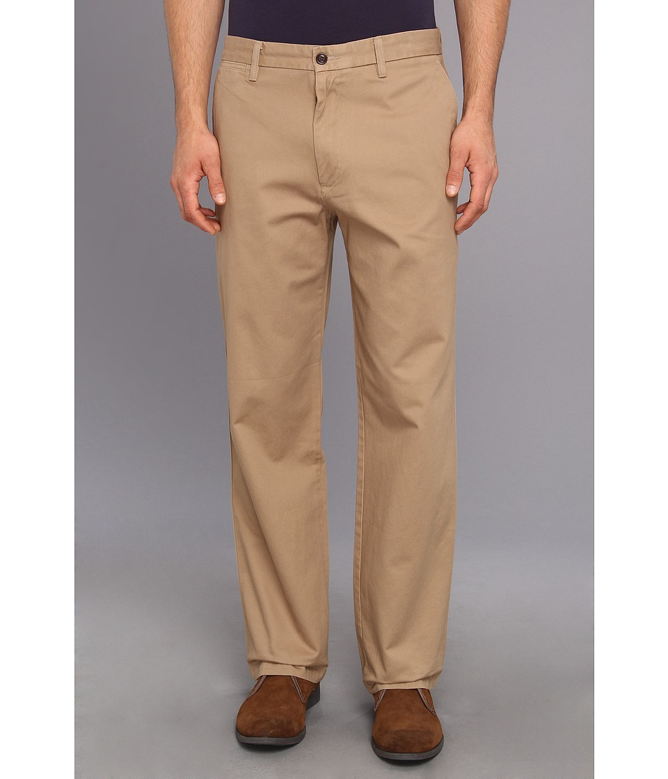Dockers Men's - Game Day Khaki D3 Classic Fit Flat Front Pant (University of Arizona - New British Khaki) Men's Casual Pants