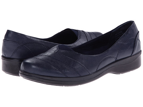 Easy Street - Ridge (New Navy) Women's Shoes