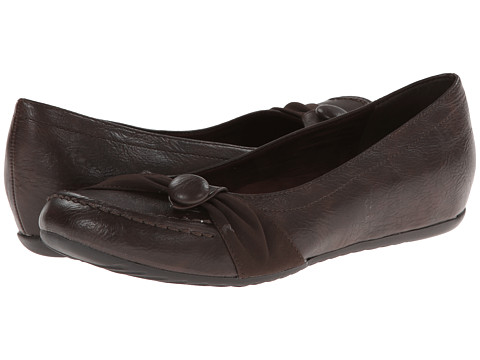 Easy Street - Cam (Brown/Suede) Women's Shoes