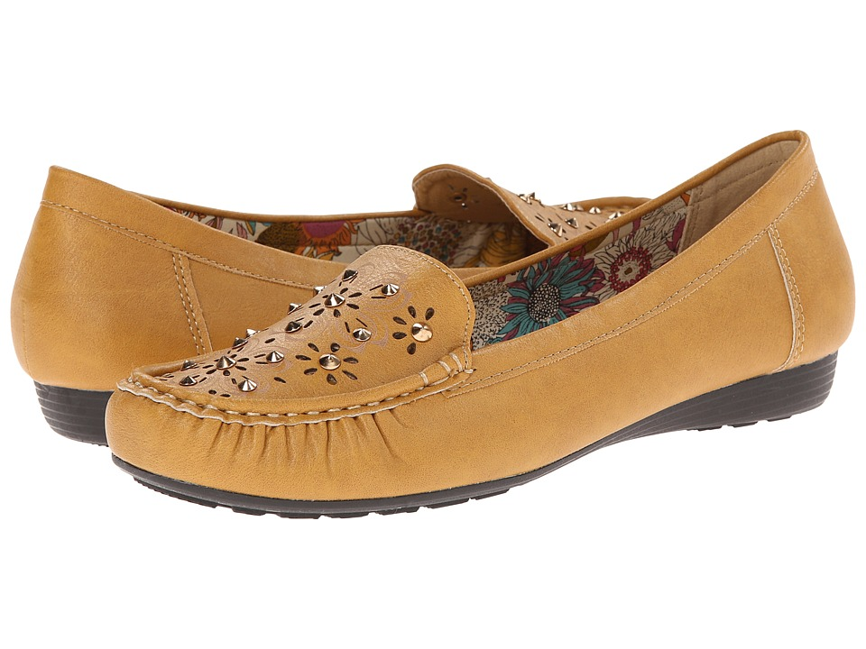 PATRIZIA - Tracker (Camel) Women's Shoes