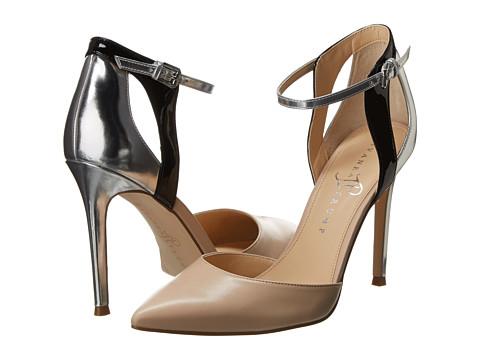 Ivanka Trump - Gees (Nude/Black) High Heels
