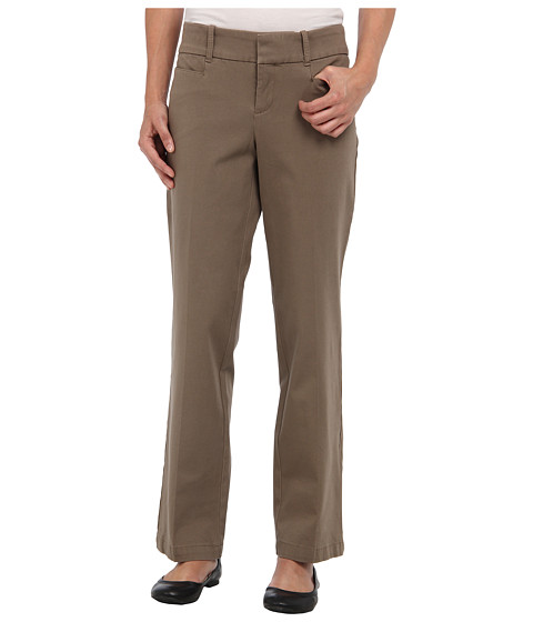 Dockers Petite - Petite The Ideal Pant (Cedar Ash) Women