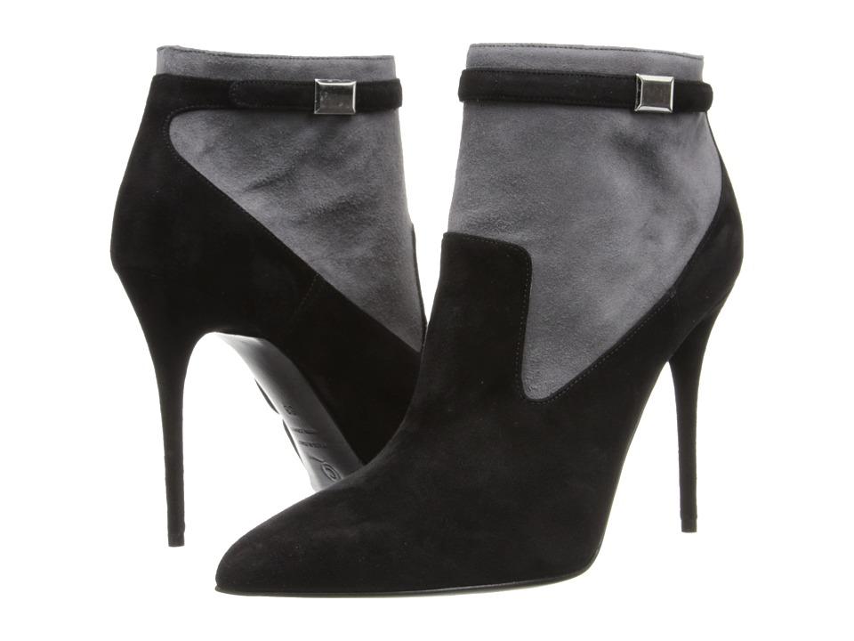 Alexander McQueen - 360706 WHAAC 1026 (Black/Grey) Women