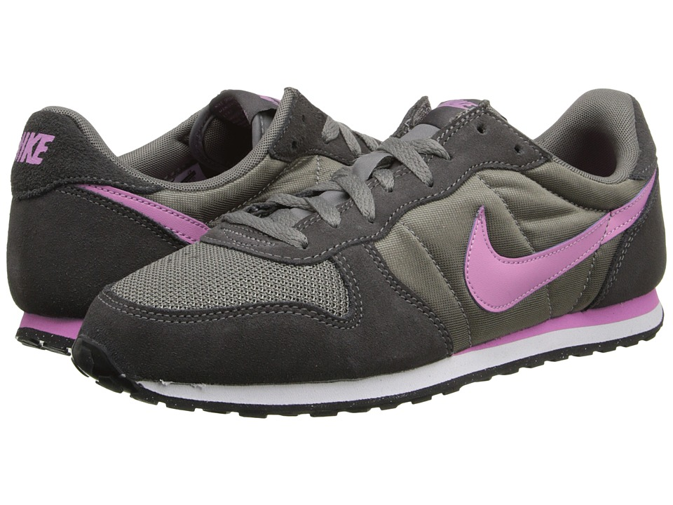 Nike - Genicco (Light Ash/Medium Ash/Light Magenta) Women